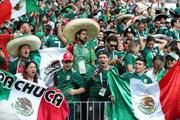 Liên đoàn bóng đá Mexico bị phạt vì cổ động viên kỳ thị giới tính