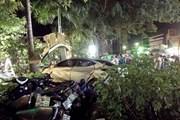 Ôtô đâm vào bãi để xe, hai thiếu nữ tử vong tại chỗ