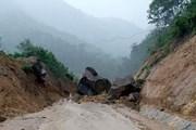 Quảng Ninh: Mưa lớn gây ngập cục bộ và chia cắt Quốc lộ 18A