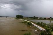 Chương Mỹ trực 24/24 giờ bảo vệ đê tả sông Bùi trước bão số 4