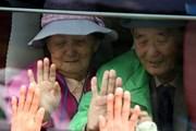 Hàn Quốc hỗ trợ thủ tục xuất nhập cảnh cho cuộc gặp gia đình ly tán