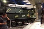 Xe chở tên lửa đâm trực diện vào trung tâm thương mại ở Kiev