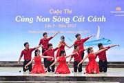 Vietnam Airlines đồng hành cuộc thi 'Cùng non sông cất cánh'