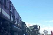 Lại thêm vụ tai nạn đường sắt giữa tàu chở hàng và xe tải ở Nghệ An