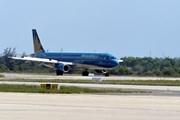 Vietnam Airlines lùi nhiều chuyến bay đi, đến Trung Quốc do bão Ampil