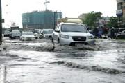 TP.Hồ Chí Minh: Mưa lớn bất thường gây ngập giữa mùa khô