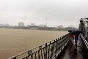 Các tỉnh miền Bắc trời lạnh, miền Trung tiếp tục có mưa và lũ lớn