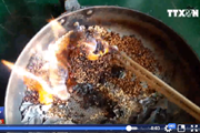 [Video] Nghi vấn gạo giả cấp phát cho người dân vùng lũ Quảng Ngãi