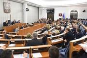 EU cảnh báo hành động pháp lý cứng rắn hơn với Ba Lan