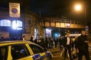 Tấn công bằng dao bên ngoài ga tàu tại Anh, 1 người thiệt mạng