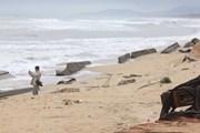 Thừa Thiên-Huế đẩy nhanh xây dựng tuyến kè chống sạt lở bờ biển
