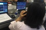 Sắc đỏ phủ kín thị trường, VN-Index trượt dốc về mốc 720 điểm