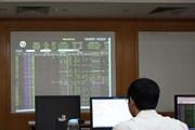 Nhóm cổ phiếu bán lẻ, tiện ích bị bán tháo, VN-Index mất hơn 22 điểm