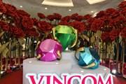 Vincom tôn vinh phụ nữ Việt Nam với kim cương và hoa hồng