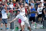 Khủng bố và cổ động viên quá khích - Thách thức đối với an ninh Pháp