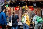 Lương tăng chậm hơn lạm phát, bài toán khó giải cho kinh tế Anh