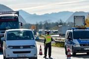 Phát hiện vụ đưa trái phép năm người Việt Nam vào nước Đức