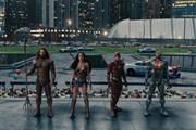 Justice League khởi đầu khiêm tốn tại Bắc Mỹ, thắng lớn tại Trung Quốc