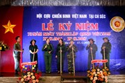 Tái hiện 73 năm truyền thống Bộ đội Cụ Hồ tại Cộng hòa Séc