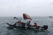 Chìm tàu tại Biển Đông, 2 người mất tích, 11 người được cứu