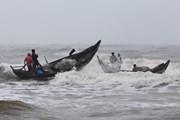 Đề phòng lốc xoáy và gió giật mạnh tại Nam Biển Đông