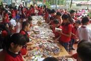 Quyên tặng gần 3.000 đầu sách cho trẻ em nghèo Lào Cai