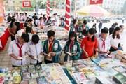 Hội sách Đất Tổ và Triển lãm ảnh nghệ thuật về quê hương Phú Thọ
