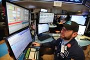 Căng thẳng thương mại Mỹ-Trung lắng dịu đẩy chứng khoán Mỹ tăng điểm