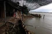 Cà Mau: Sạt lở gần 30m đất ven sông làm sụp 6 nhà dân
