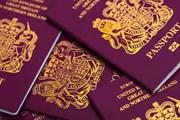 Tòa án Anh bác bỏ hộ chiếu cho người thuộc ''giới tính thứ ba''