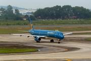 Máy bay của Vietnam Airlines gặp trục trặc kỹ thuật tại sân bay Vinh
