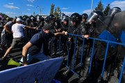 Romania điều tra cáo buộc cảnh sát bạo lực với người biểu tình