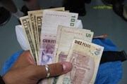 Argentina bán dự trữ ngoại tệ để ngăn đà lao dốc của đồng nội tệ