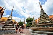 """Thái Lan thu hút khách du lịch quốc tế bằng """"liệu pháp thuế"""""""