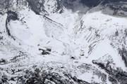 Núi lửa phun trào gây lở tuyết tại Nhật Bản làm 4 người bị thương