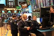 Phố Wall rộ sắc xanh sau loạt báo cáo lợi nhuận doanh nghiệp