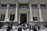 """Chính phủ Argentina """"loay hoay"""" tìm đường vực dậy nền kinh tế"""