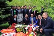 Bí thư Thành ủy TP.HCM Nguyễn Thiện Nhân dự hội thảo tại Nga