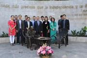 Kỷ niệm 128 năm ngày sinh Chủ tịch Hồ Chí Minh tại Mexico và Hà Lan
