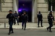 Tây Ban Nha bắt người đàn ông lớn tuổi gây nhiều vụ cướp ngân hàng