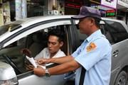 Nhiều bất cập trong thu phí đỗ xe lòng lề đường ở TP Hồ Chí Minh