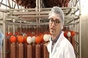 [Video] Xúc xích Pháp nổi tiếng được sản xuất như thế nào?