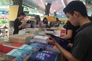 Sách lịch sử 'lên ngôi' tại hội sách chào mừng Ngày Sách Việt Nam