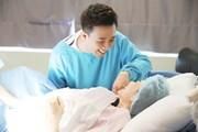 Trấn Thành, Trường Giang hóa 'bà bầu' trên sóng truyền hình