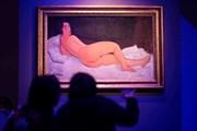 Tại sao triển lãm ảnh nude đầu tiên tại Hà Nội không dán nhãn 18+