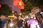 Người dân Hà Nội ăn mừng chiến thắng lịch sử của đội U23