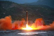 Toàn cảnh vụ phóng tên lửa đạn đạo xuyên lục địa của Triều Tiên