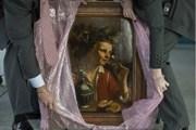 """Bức tranh thế kỷ 17 """"Young Man as Bacchus"""" được tìm thấy sau 80 năm"""