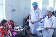 [Video] Hơn 70 học sinh nhập viện sau bữa tối tại Sa Pa