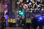 Báo động khủng bố giả tại Anh làm 16 người bị thương